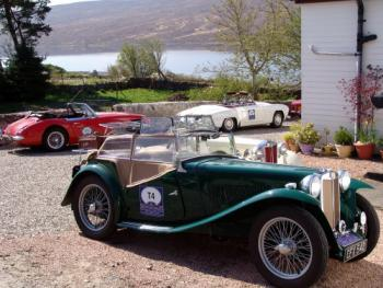 Vintage cars stop at The Overscaig