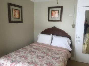 Double room-Shared Bathroom-Standard-Room 17 Full Bed Third Fl