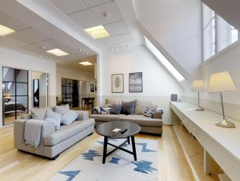 Stylish 4 bed+2bath by Kgs. Have