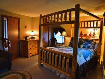 Whitetail Room at Bear Mountain