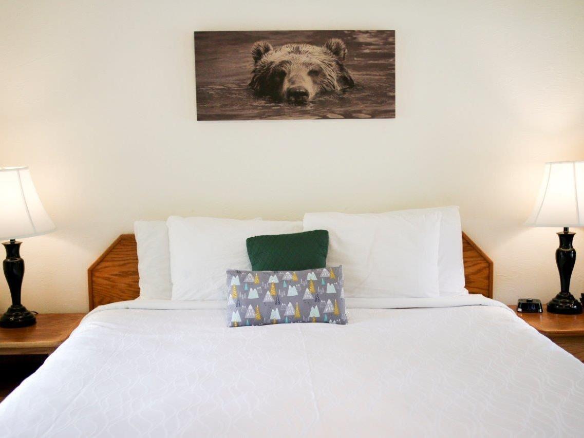 Buckeye Room 03
