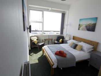 Apartment-Superior-Ensuite with Shower-Sea View-no pets first floor