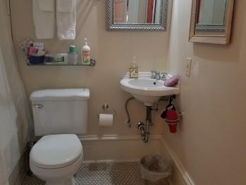 Holmes Bathroom