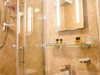 En-suite shower rooms