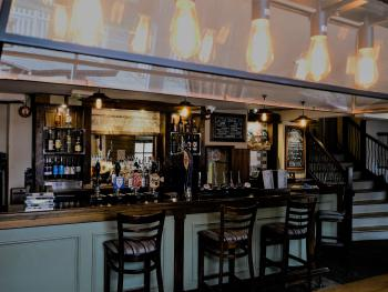 The Woolpack Inn Islip - Our Main Bar