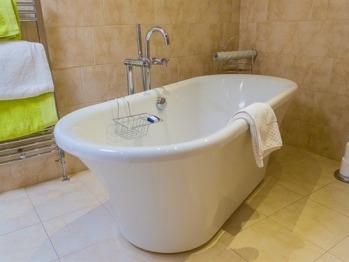 Miss Davey Bathroom