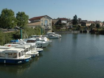 Port de Pont de Vaux