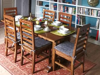 Dining area with library