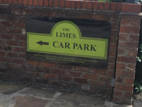 Free Private Car Park