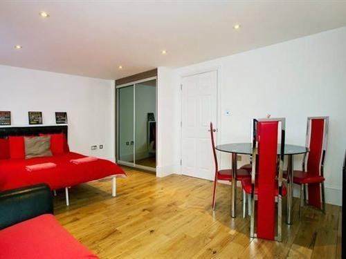 Marylebone Apartment-Premium-Private Bathroom-Park View-4th Floor