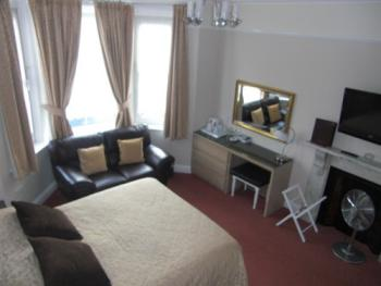 Double room-Premier-Ensuite - Base Rate