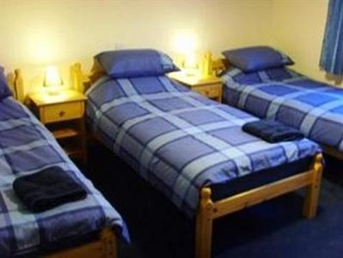 Triple room-Ensuite - Room only