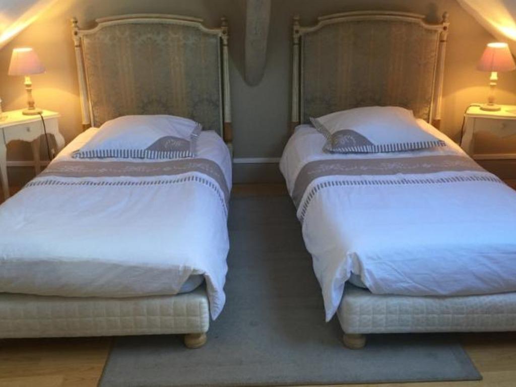Quadruple-Salle de bain privée séparée-La parentale - Tarif de base