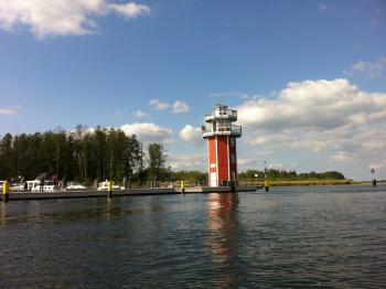 Begehbarer Leuchtturm am Ende der Promenade