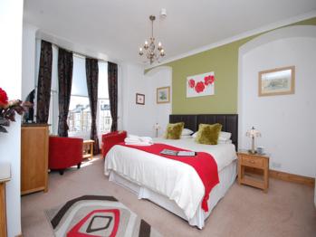 Ellies Guest House - Room 3 - Superior King Size en-suite