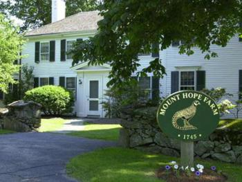 Governor Bradford House Inn