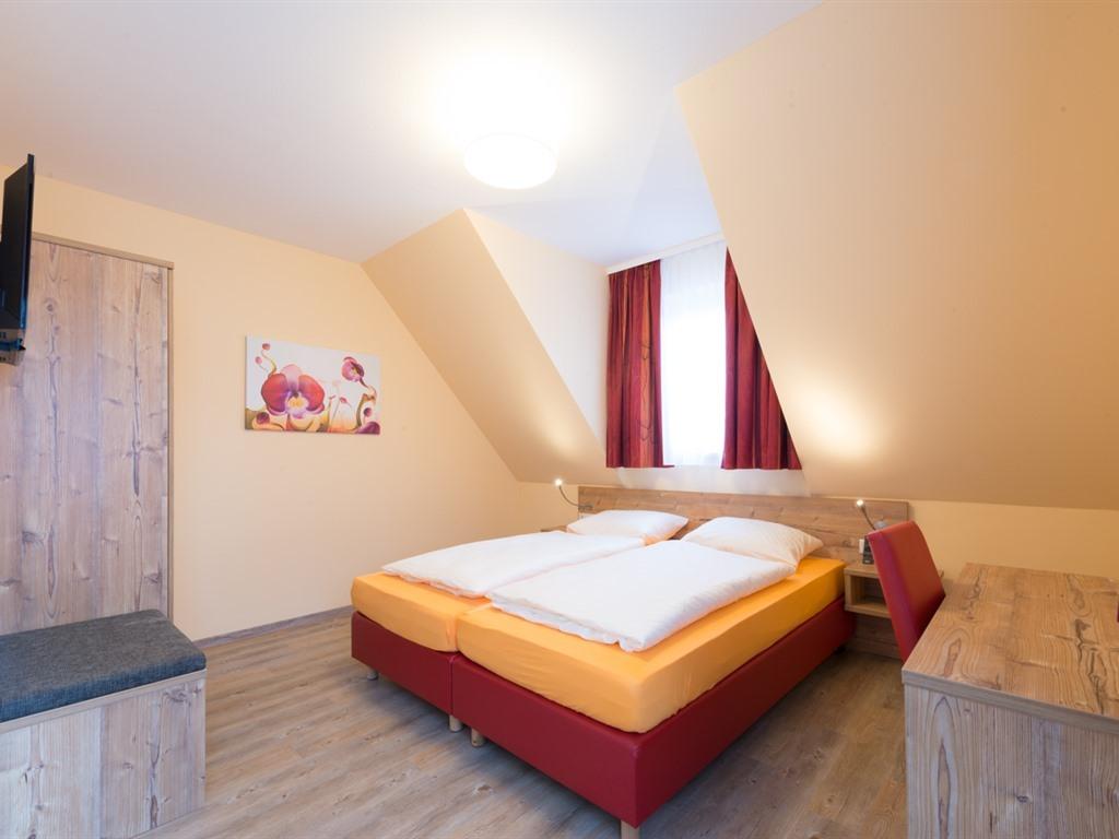 Doppelbett oder zwei Einzelbetten-Standard-Ensuite Bad