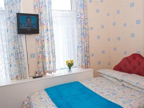 Single room-Standard-Ensuite- (breakfast included)