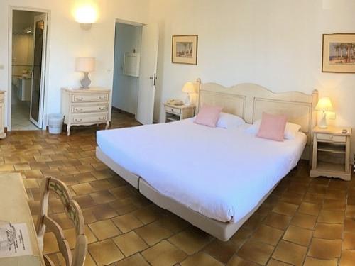Hôtel Jas Neuf, Sainte Maxime | Réservez En Ligne