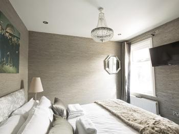 Room 4