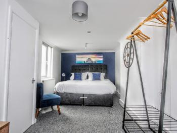 Queens Square Brighton - Guest Homes -