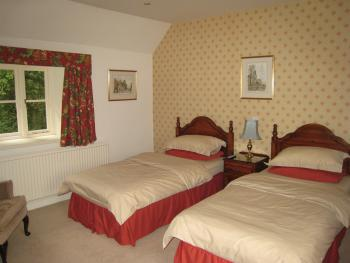 Twin room-Ensuite-Large