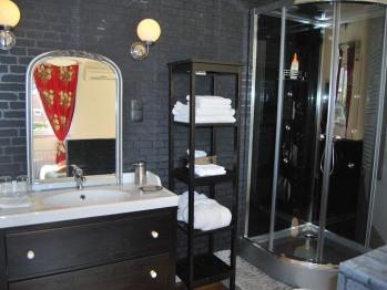 Ambroise 4 : salle de douche