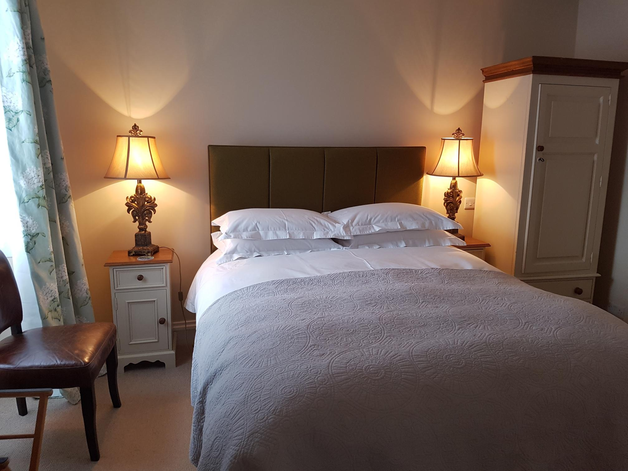 Double room-Classic-Ensuite - Base Rate