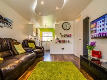Central Belfast Apartment -