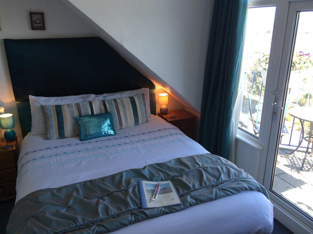 Double room-Superior-Ensuite-Sea View-Balcony (2nd floor)