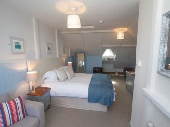 Double Suite - Harbour View - Lusty Glaze - 2A + 2C (under 10)