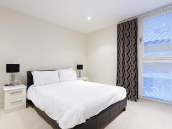 City Stay Serviced Apartments - Bedroom