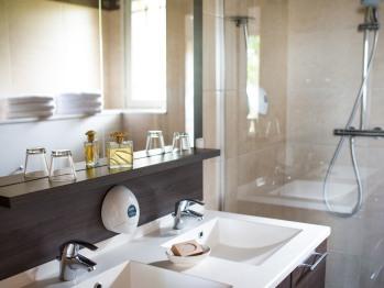 Une salle de bain - Gîte - Domaine le Clos du Phare