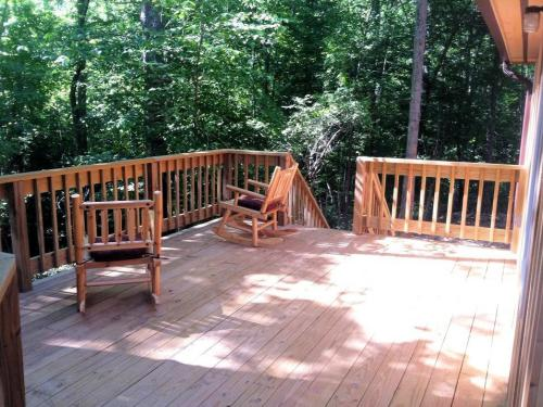 Willow Deck