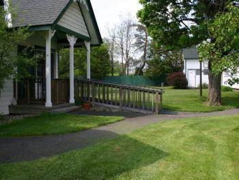 Cottage Grounds