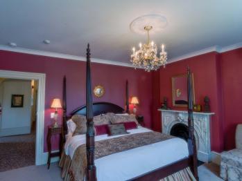 Lady Margaret Suite - King Bed