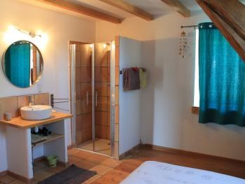 Chambre 2 pers lit 160 avec salle d'eau