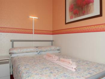 Double room-Standard-Ensuite- (breakfast included)