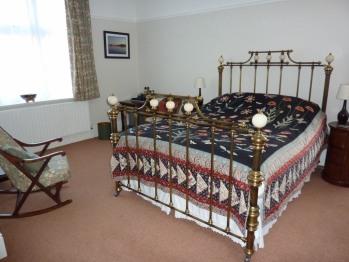 The Saffrons bedroom