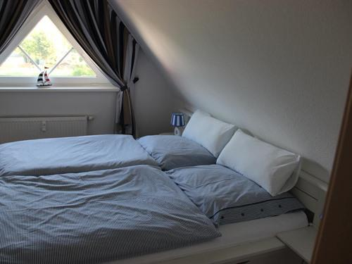 Wohnung-Eigenes Badezimmer-Balkon - Basistarif