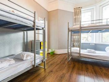 Dormitory-Ensuite-Sleeps 4 - Base Rate
