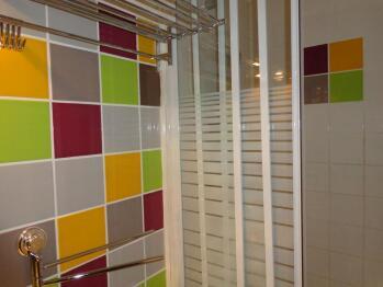 Appartement la Pinède - salle d'eau