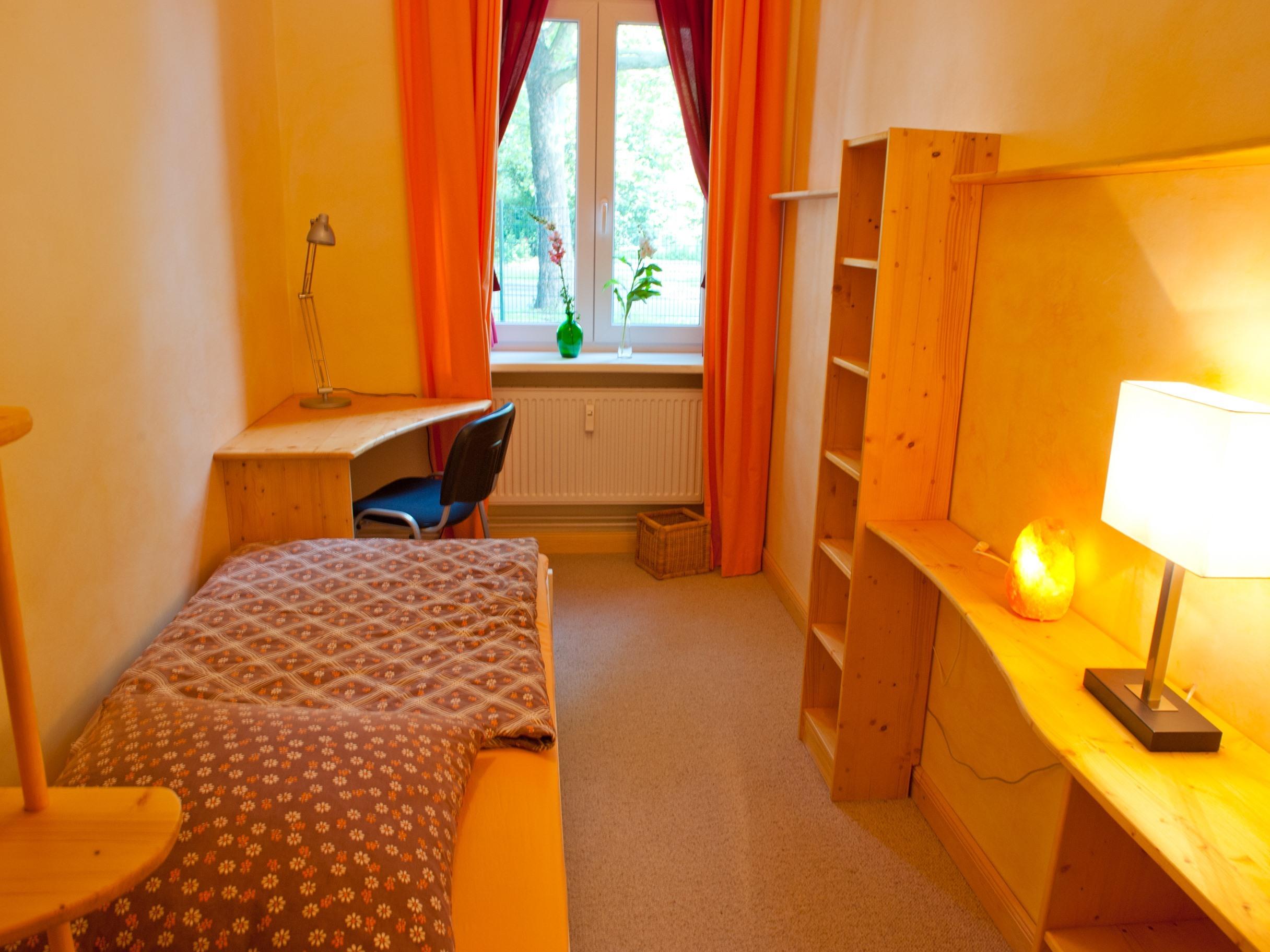 Einzelzimmer-Gemeinsames Badezimmer - Basistarif