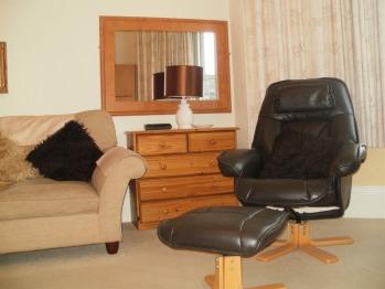 Lounge ; Bay View