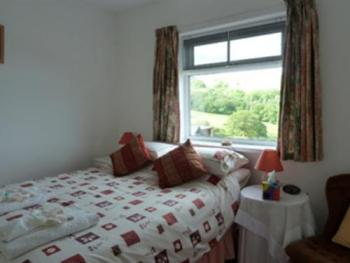Double room-Ensuite-1st flr,DB and TW Harlech