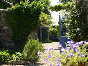 Portail d'accès au jardin
