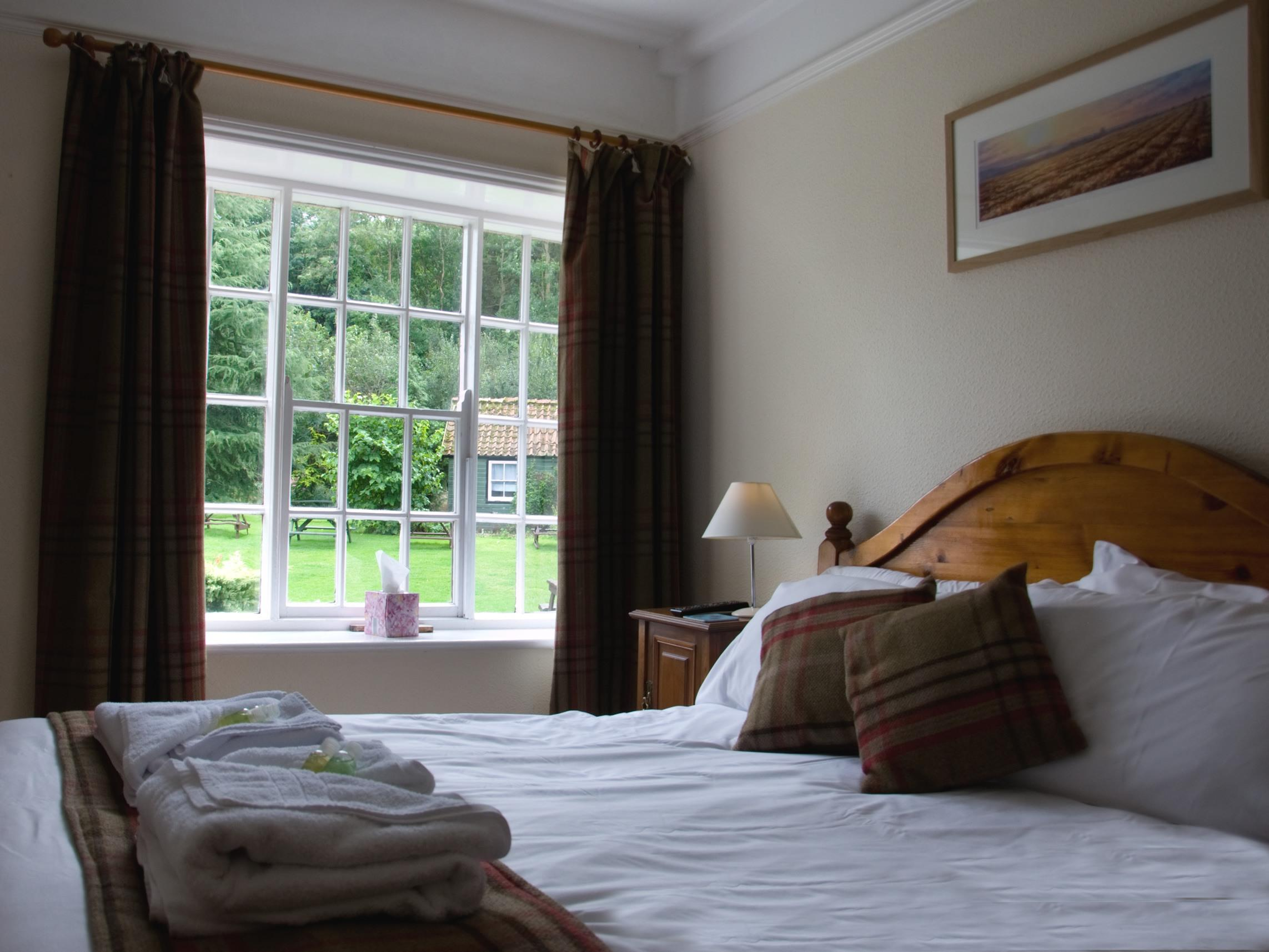 Double room-Deluxe-Ensuite with Shower-Room 1 - Base Rate