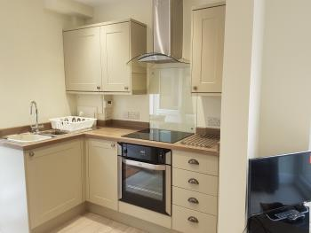 Apartment-Deluxe-Private Bathroom-Garden View-Garden Apartment - Base Rate