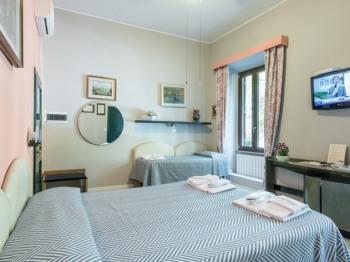 Tripla-Classica-Bagno in camera con doccia