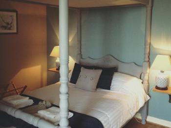 Double room-Ensuite with Shower-Four Poster